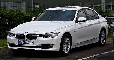 390px-BMW_320d.jpg