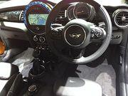 Mini_Cooper_interior_-_Tokyo_Motor_Show_2013.jpgのサムネール画像